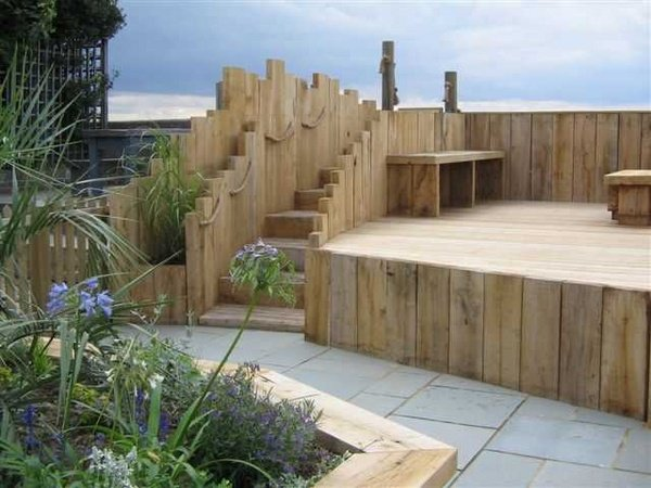 Wooden garden sleepers - Yes or no to railway sleepers in ...